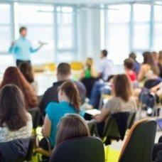 Профессиональная переподготовка и повышение квалификации Современные подходы к содержанию и организации образовательного процесса в условиях введения ФГОС ДО. Повышение квалификации дистанционно.
