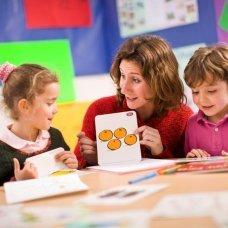 Профессиональная переподготовка и повышение квалификации Педагогика и методика дошкольного образования с дополнительной подготовкой в области предшкольной подготовки с присвоением квалификации «Воспитатель детей дошкольного возраста»